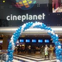 Foto tomada en Cineplanet por Angeles M. el 9/17/2012