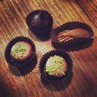 Foto tirada no(a) SOMA chocolatemaker por HanBi K. em 12/30/2012