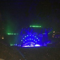 Photo taken at Giant Center by Richard J. on 12/21/2012