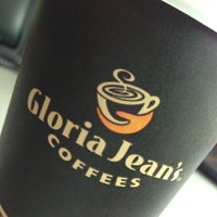 Photo taken at Gloria Jean's Coffees by Liziana A. on 10/16/2014