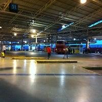 Foto tomada en Terminal de Buses San Borja por Benjamin L. el 11/11/2012