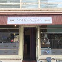 Photo taken at Cafe Batavia by Aca Kocaaa💞 on 3/9/2016