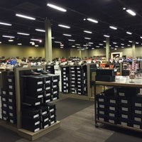Photo taken at DSW Designer Shoe Warehouse by Per R. on 5/16/2015
