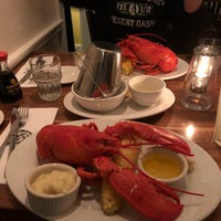 Photo taken at Mac's Seafood by Per R. on 10/13/2017