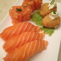 Photo taken at Keeki Restaurante Japonês by Fer F. on 11/10/2012