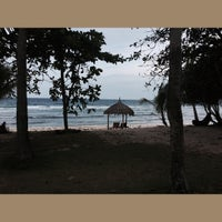 Photo taken at Coco Grove Beach Resort by BELOI G. on 8/20/2015