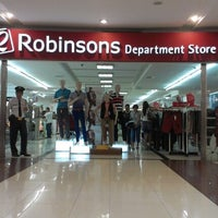 Photo taken at Robinsons Place by KarlaFenomenal N. on 9/15/2012