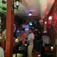 4/4/2013 tarihinde Chianti I.ziyaretçi tarafından Chianti Cafe & Bar'de çekilen fotoğraf