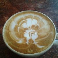 Foto tomada en Rico's Café El Cid por Alfredo H. el 11/23/2012