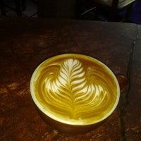 Foto tomada en Rico's Café El Cid por Alfredo H. el 10/4/2012