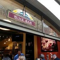 7/25/2013にMinsun Mini K.がFerry Plaza Wine Merchantで撮った写真
