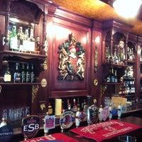 Снимок сделан в The Corner Pub пользователем DJPRO 6/25/2014