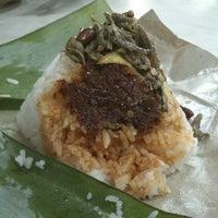 Photo taken at Restoran Yus by Masanori T. on 2/2/2013