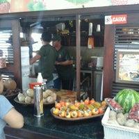 Foto tirada no(a) Kioske Frutas Da Fruta Mercadao por Elias L. em 11/21/2012