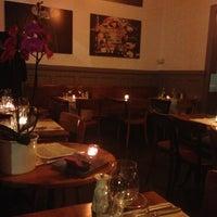 Photo prise au Café des Bains par Svetlana O. le2/27/2013
