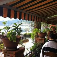 4/15/2013 tarihinde Mujdat G.ziyaretçi tarafından Sardunya Restaurant'de çekilen fotoğraf