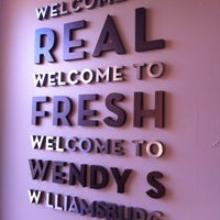Photo taken at Wendy's by Earl G. on 12/13/2012