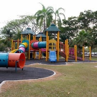 Photo taken at Playground Hospital Serdang by Izuan Izam on 2/21/2014