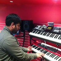 Photo taken at Guitar Center by Ira N. on 12/30/2012