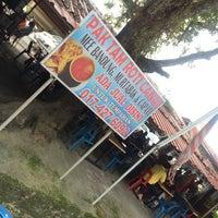 Photo taken at Roti canai Pak Tam by Ilman on 12/24/2015