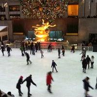 1/2/2013にMaurizio C.がThe Rink at Rockefeller Centerで撮った写真