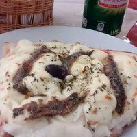 Photo taken at Clube da Pizza by Sandra Lolis - Fotografia on 2/9/2015