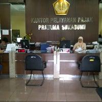 Photo taken at Kantor Pelayanan Pajak Pratama Sukabumi by riki mandala p. on 3/13/2014