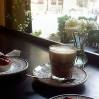 Photo taken at Toni Patisserie & Café by Tamader on 7/31/2014