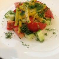 Снимок сделан в Даниэл итальянская кухня пользователем Sonya 🍒 12/20/2012