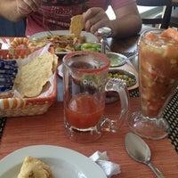 Foto tomada en El Guamuchilito por Chechi W. el 2/21/2013