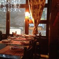Photo prise au La Petite Savoie par Дмитрий Ш. le9/28/2012