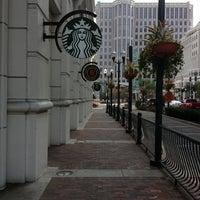 Foto tomada en Starbucks por Mick el 3/10/2013