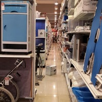 Photo taken at ACE Hardware by Mick on 8/12/2013