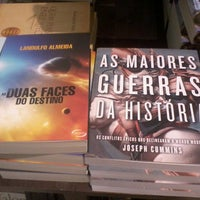 Photo taken at Saraiva MegaStore by Emerson S. on 4/13/2013