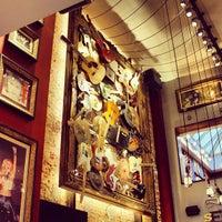 Foto scattata a Hard Rock Cafe Brussels da Mehmed Ç. il 3/4/2013