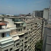 Foto tirada no(a) Hotel Sesc Copacabana por Nelson C. em 2/15/2013