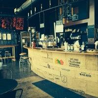 6/15/2013 tarihinde Johann R.ziyaretçi tarafından COFFEED'de çekilen fotoğraf