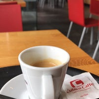 Photo taken at Cubico Caffè by Martijn V. on 9/11/2017