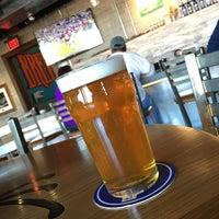 12/3/2016 tarihinde Geoff G.ziyaretçi tarafından Tenaya Creek Brewery'de çekilen fotoğraf