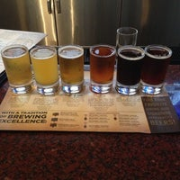 Photo taken at Gordon Biersch Brewery Restaurant by Jim R. on 12/5/2012