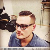 11/25/2014 tarihinde Alexey T.ziyaretçi tarafından Goodson barbershop'de çekilen fotoğraf