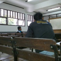 Photo taken at Institut Teknologi Padang by Yosef T. on 4/4/2013