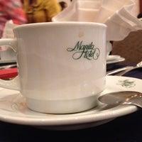 7/6/2013 tarihinde amboskiziyaretçi tarafından Manila Hotel'de çekilen fotoğraf