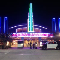 Photo taken at Regal Cinemas The Loop 16 & RPX by Moises R. on 11/20/2012