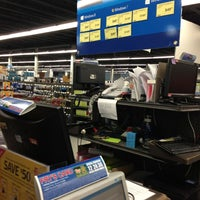 Photo taken at Fry's Electronics by Blue S. on 8/27/2013