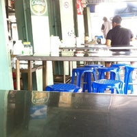Photo taken at ร้านอั้งม้อ by 8878Tooktook on 11/23/2012