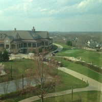 Foto scattata a Lansdowne Resort and Spa da Alexander K. il 4/10/2013