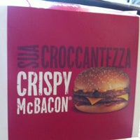 Foto tirada no(a) McDonald's por Edoardo D. em 3/29/2013