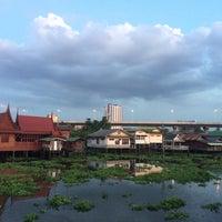 Photo taken at Wat Noi Nai by Mapiiez M. on 4/1/2017