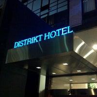 Photo taken at Distrikt Hotel New York City by Bob E. on 10/3/2012